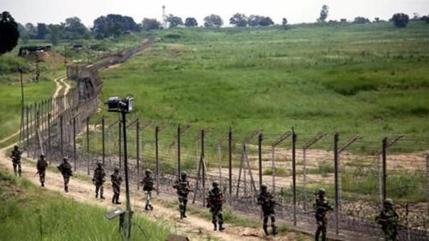 印度士兵克什米尔边界遭枪杀 警方怀疑为自相残杀