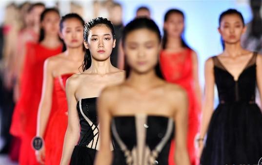 2017新丝路中国模特大赛总决赛三亚落幕