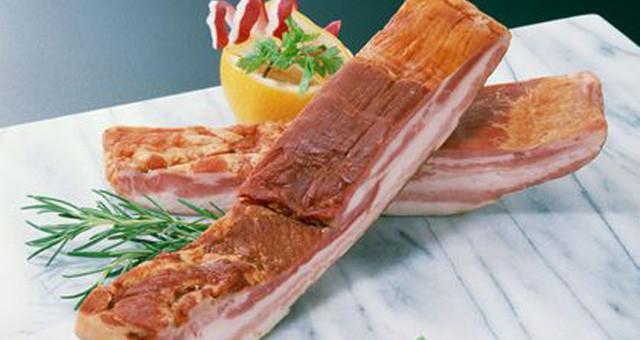 吃腌制腊肉不能简单和致癌画等号