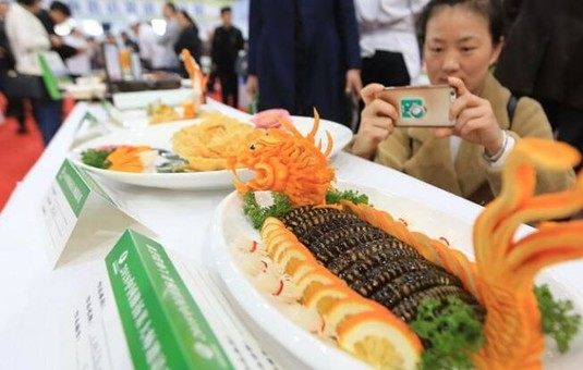 中国淮扬菜大师邀请赛开赛 各地厨师大秀厨艺