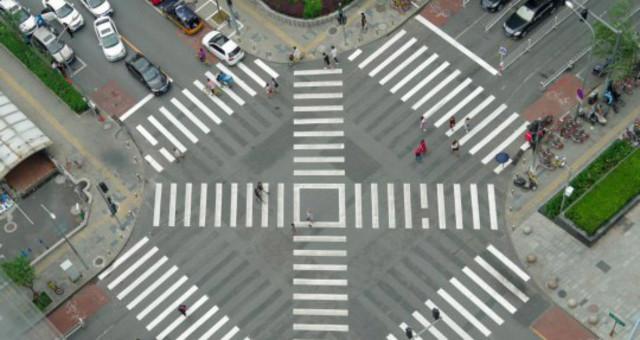 北京首个全向十字路口亮相