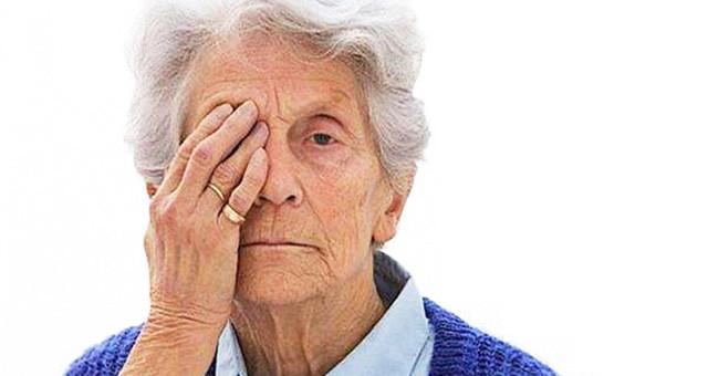 """老年人需防""""眼底三患"""""""
