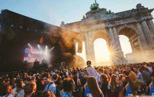 比利时上演夏至音乐节