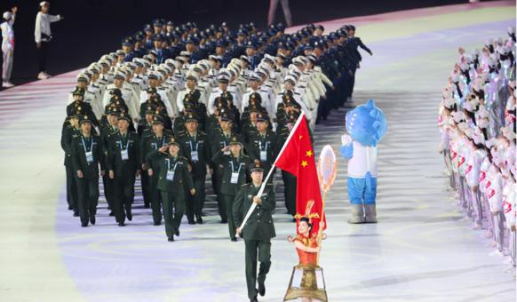 武汉军运会开幕式:中国代表团入场