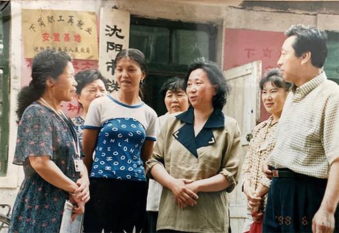 """中国的""""小巷总理""""为什么管用?"""