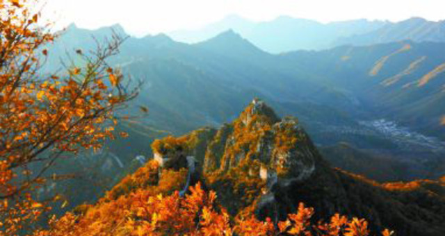 万山红遍 秋色绚丽