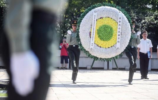 3日南京举行凭吊抗日航空烈士纪念活动