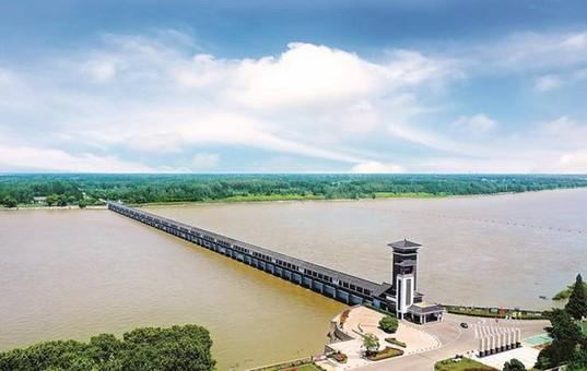 洪泽湖三河闸圆满完成阶段抗洪任务