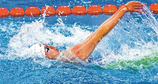 体测拉后腿无缘决赛 游泳名将输给了规则?