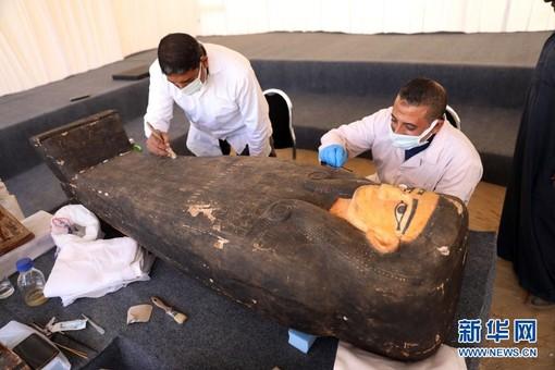 埃及出土百具距今約2500年的彩繪木棺