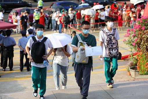 海南5.9万考生奔赴考场 书写属于自己的精彩