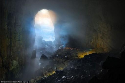 探秘越南最大洞穴 可以塞下一栋40层高楼