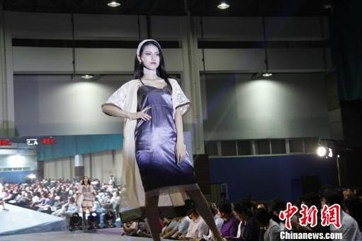 江苏盐城大学生服装设计大赛飙创意秀时尚