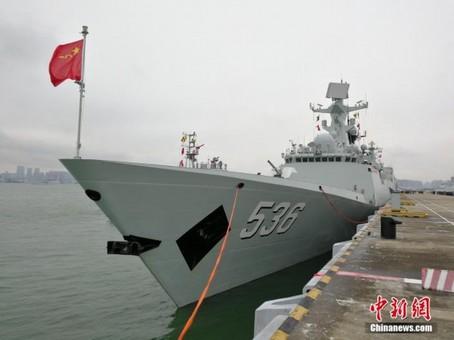 中国海军第三十一批护航编队启航