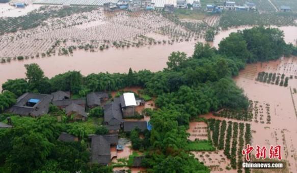 四川暴雨致农田民房被淹 7.38万余人受灾