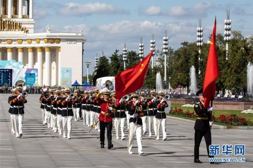 解放军军乐团为莫斯科市民演出