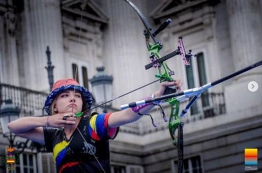 哥伦比亚美少女射箭冠军火了!