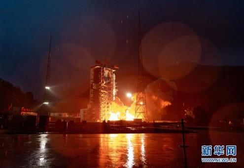 我国成功发射亚太6D卫星