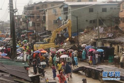 尼日利亚拉各斯一居民楼坍塌 3人死亡