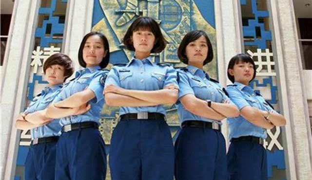 军校女学员每场相遇都是美丽